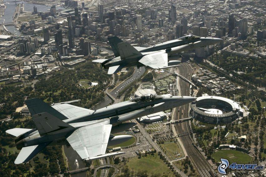 F/A-18 Hornet, ciudad