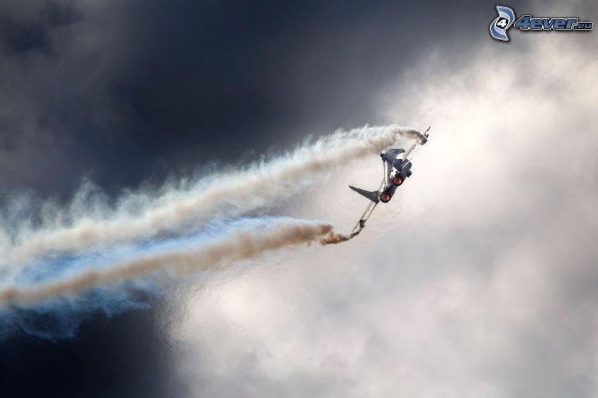 MiG-29, avion de caza, humo