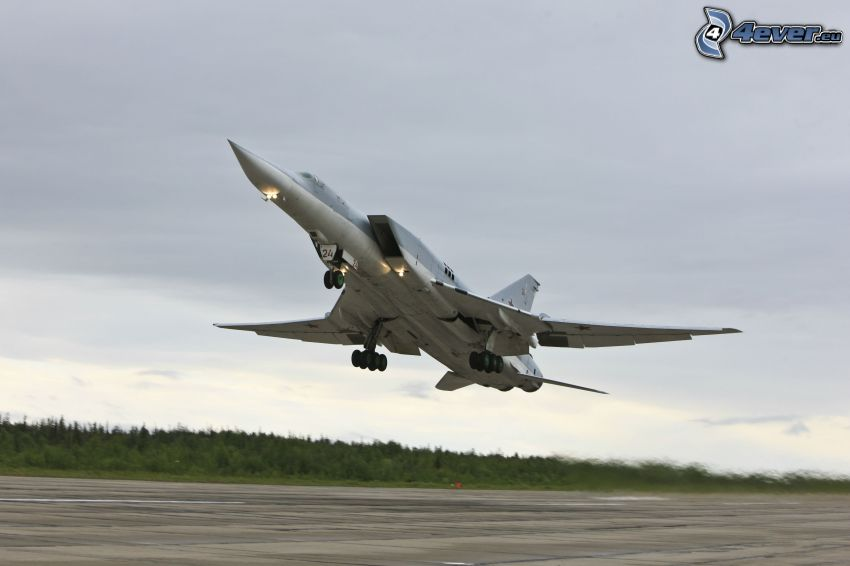 Tupolev Tu-22, despegue