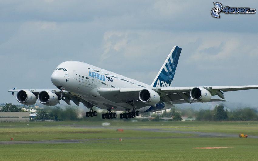 Airbus A380, avión, despegue, aeropuerto