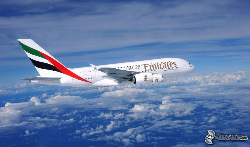 Airbus A380, Emirates, encima de las nubes