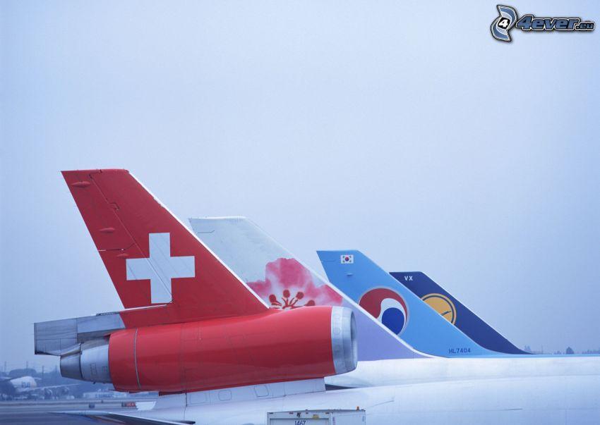 colas de los aviones, aeropuerto