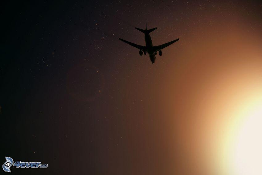 silueta de la aeronave
