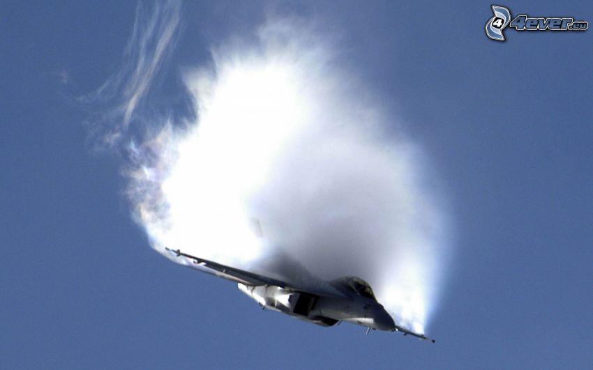 F-14 Tomcat, barrera del sonido