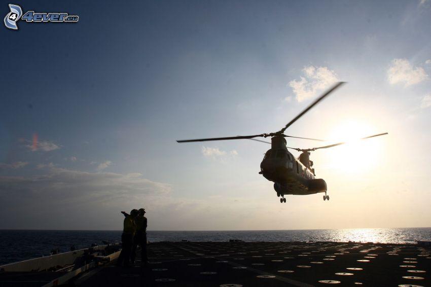 helicóptero, aterrizaje, personas
