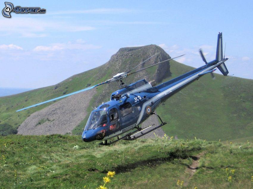 helicóptero personal, prado, montañas
