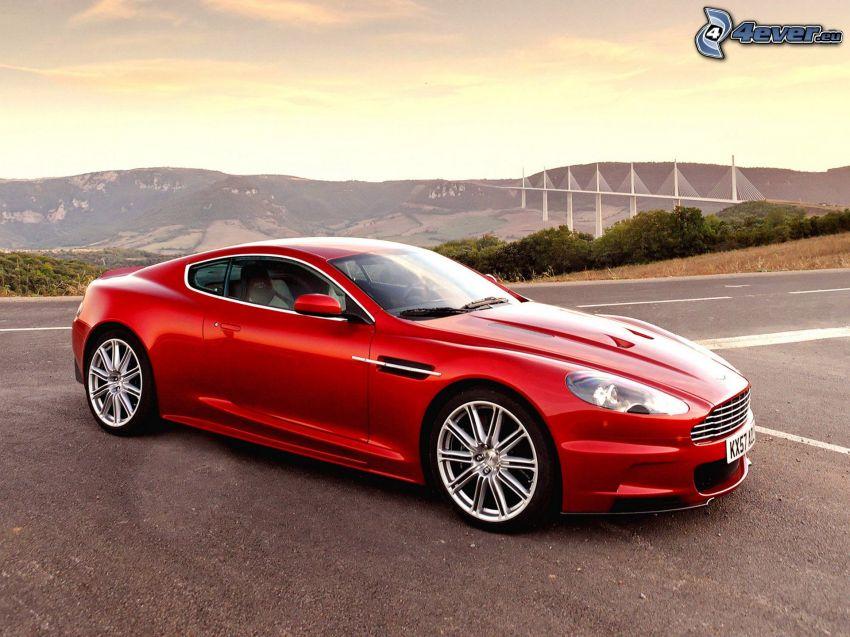 Aston Martin DBS, Viaducto de Millau