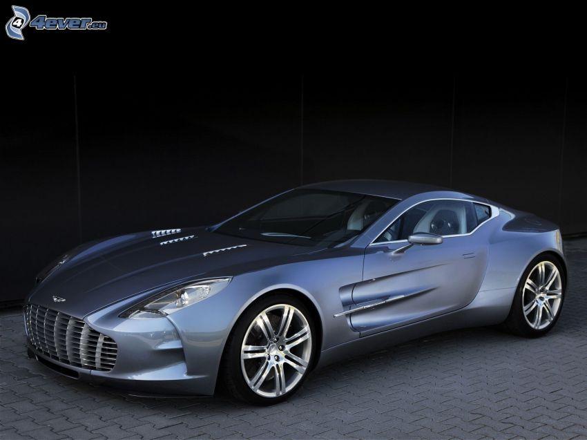 Aston Martin One 77, pavimento