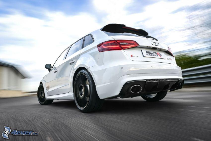 Audi RS3, acelerar