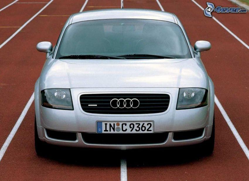 Audi TT, pista de jogging