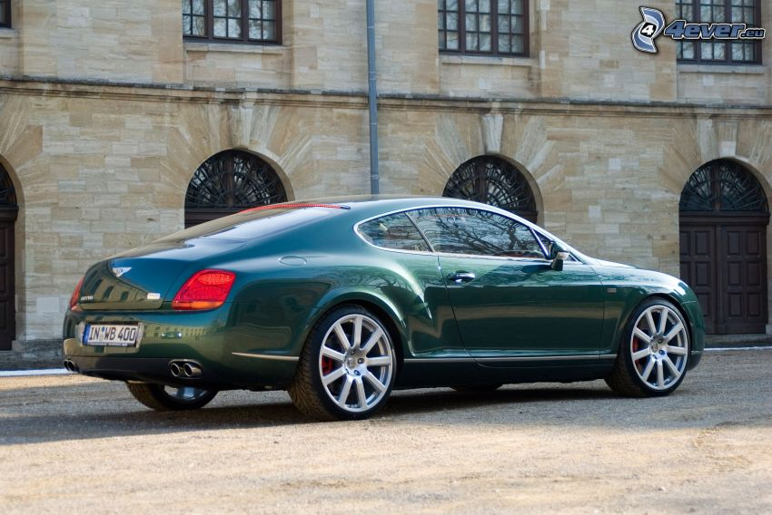 Bentley Continental GT, edificio histórico