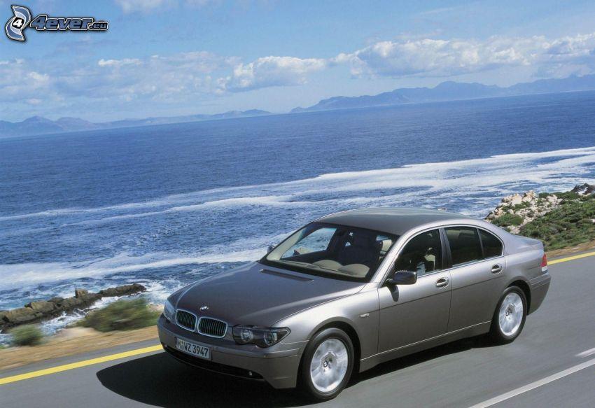 BMW 7, acelerar, lago grande