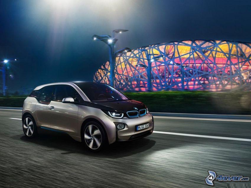 BMW i3, noche, camino, estadio