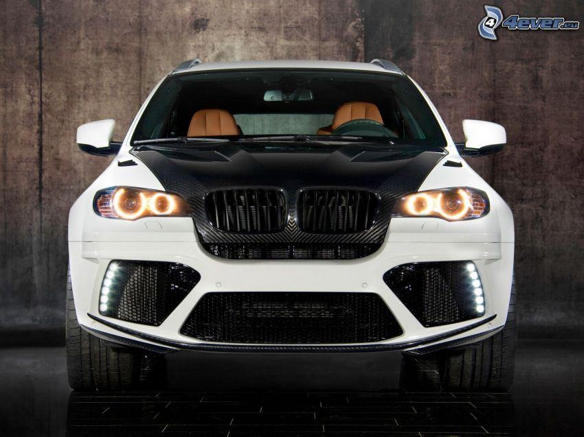 BMW X6, delantera de coche