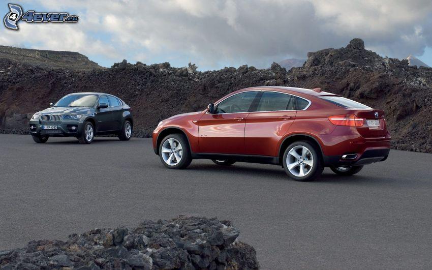 BMW X6, rocas