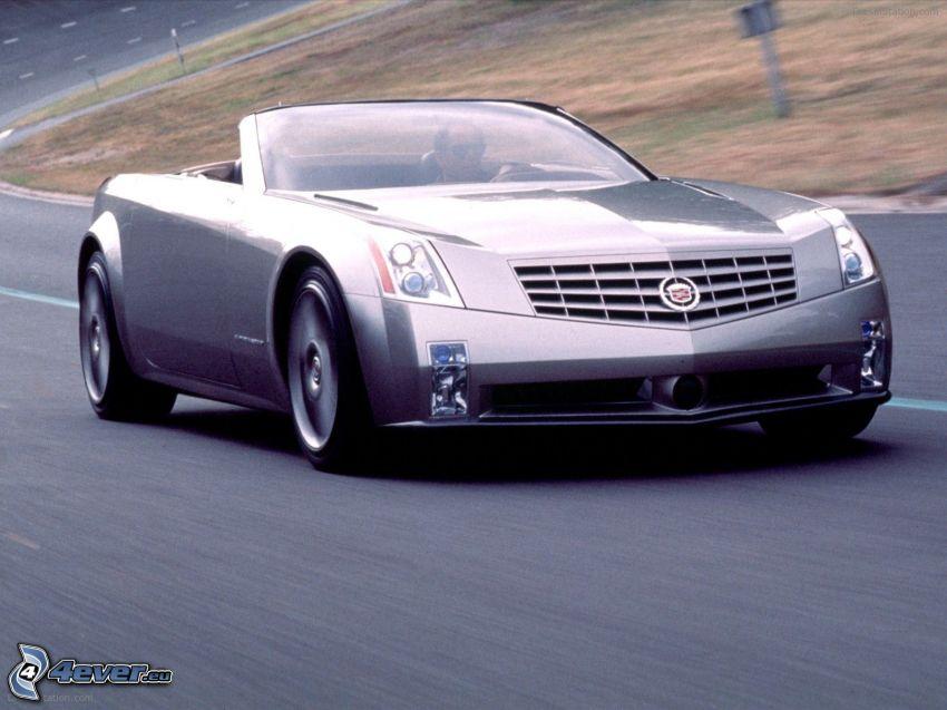 Cadillac Evoq, descapotable, camino