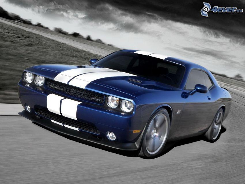Dodge Challenger SRT, acelerar