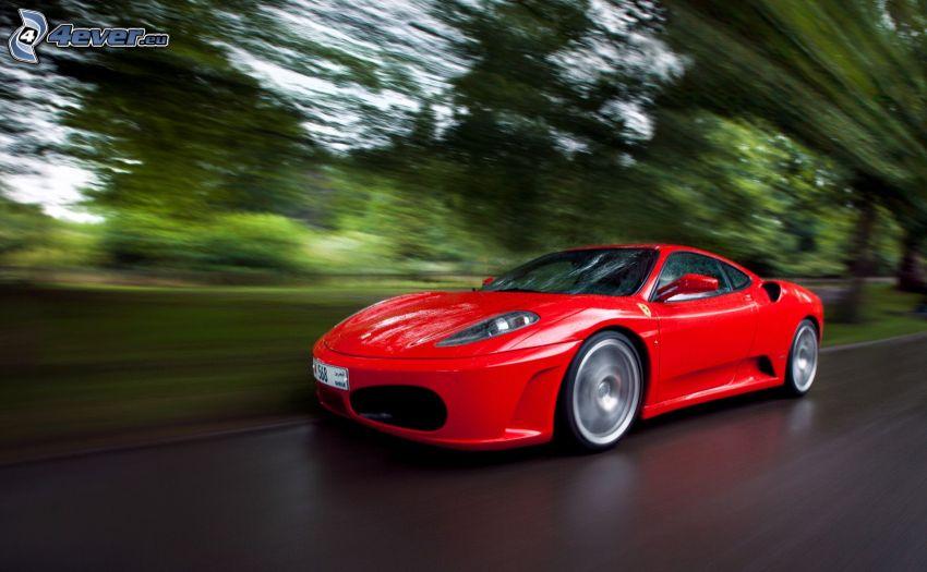 Ferrari, acelerar