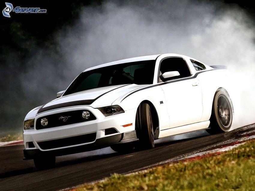 Ford Mustang RTR-X, drift