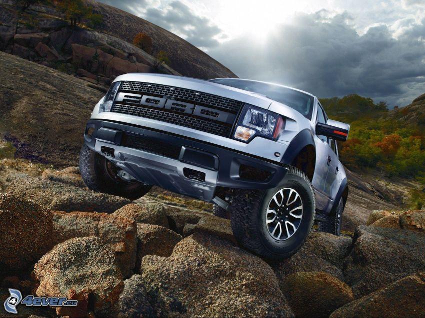 Ford Raptor, coche todoterreno, rocas