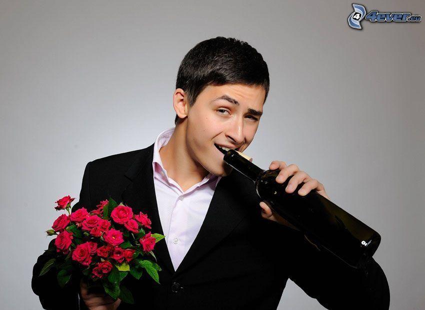 hombre en traje, botella, ramo de rosas