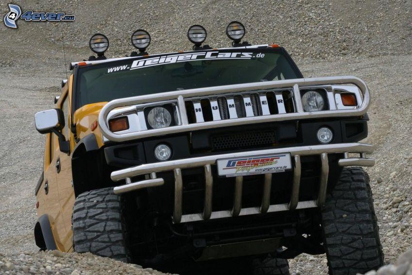 Hummer H2, coche todoterreno, terreno