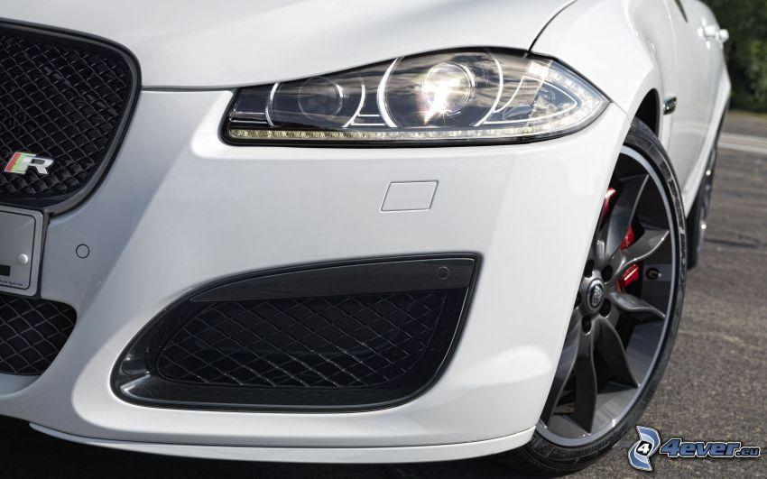 Jaguar XF, faro delantero