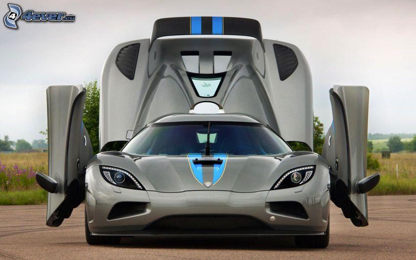 Koenigsegg Agera R, delantera de coche, puerta
