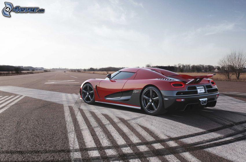 Koenigsegg Agera R, pista