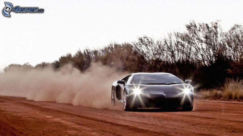 Lamborghini Aventador, luces, campo, polvo