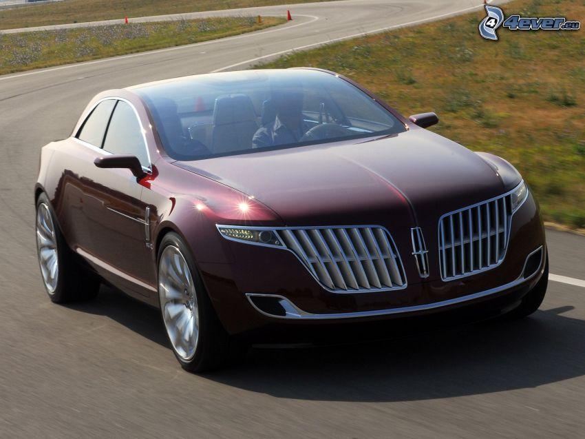 Lincoln MKR, curva