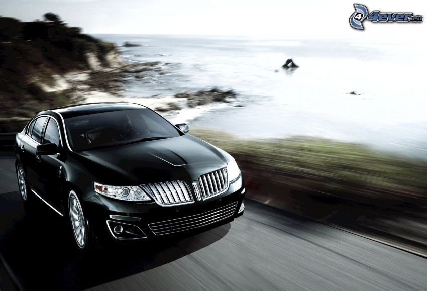Lincoln MKS, mar, acantilados costeros, acelerar