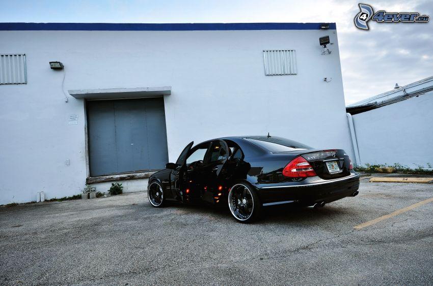 Mercedes-Benz, puerta, edificio