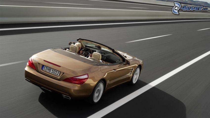 Mercedes-Benz SL, camino, acelerar