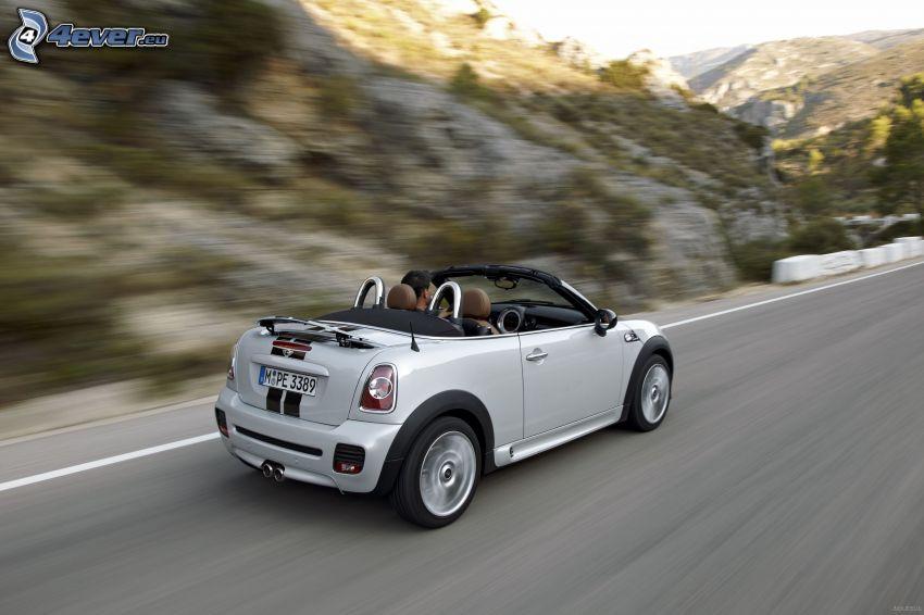 Mini Cooper Roadster, descapotable, acelerar