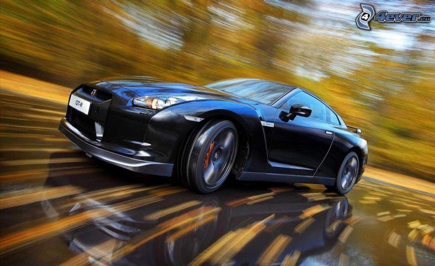 Nissan GT-R, acelerar
