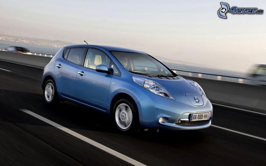 Nissan Leaf, acelerar