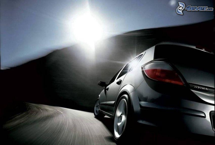 Opel Astra, acelerar, sol
