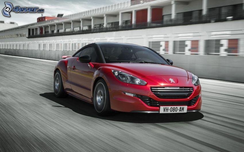 Peugeot RCZ, acelerar