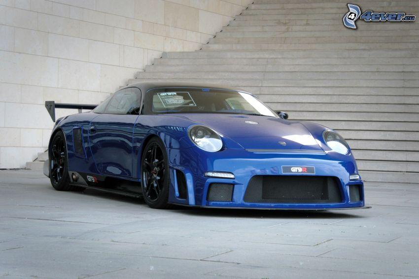 Porsche 9FF, escalera