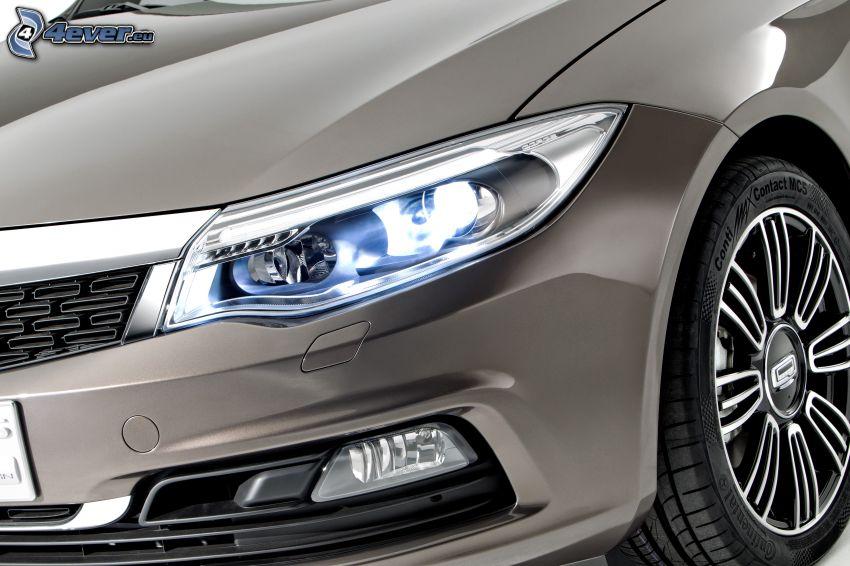 Qoros 3 Sedan, reflector, rueda