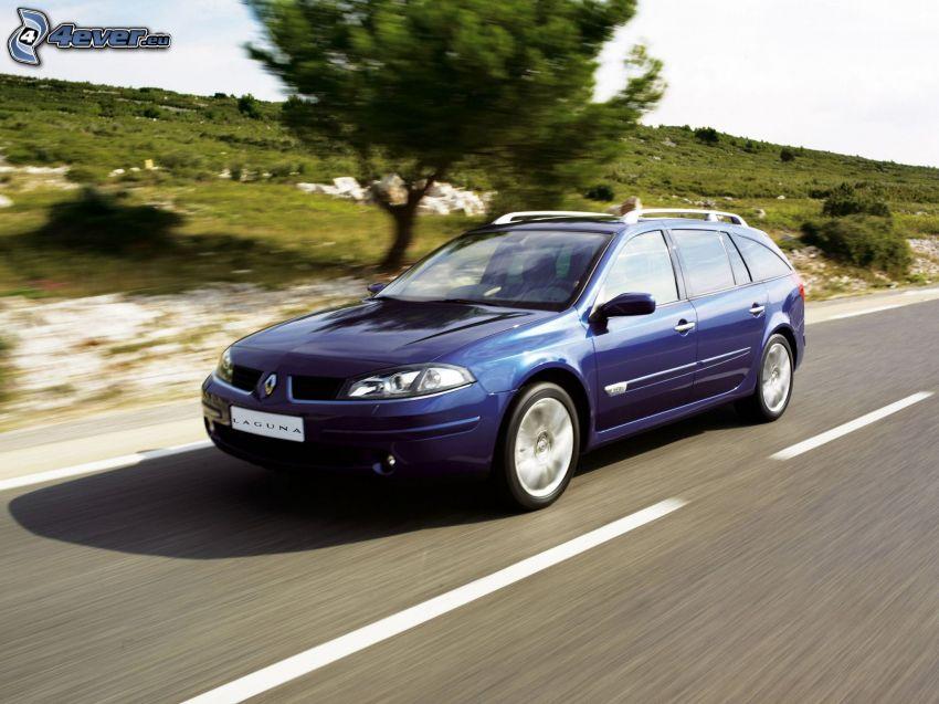 Renault Laguna, acelerar
