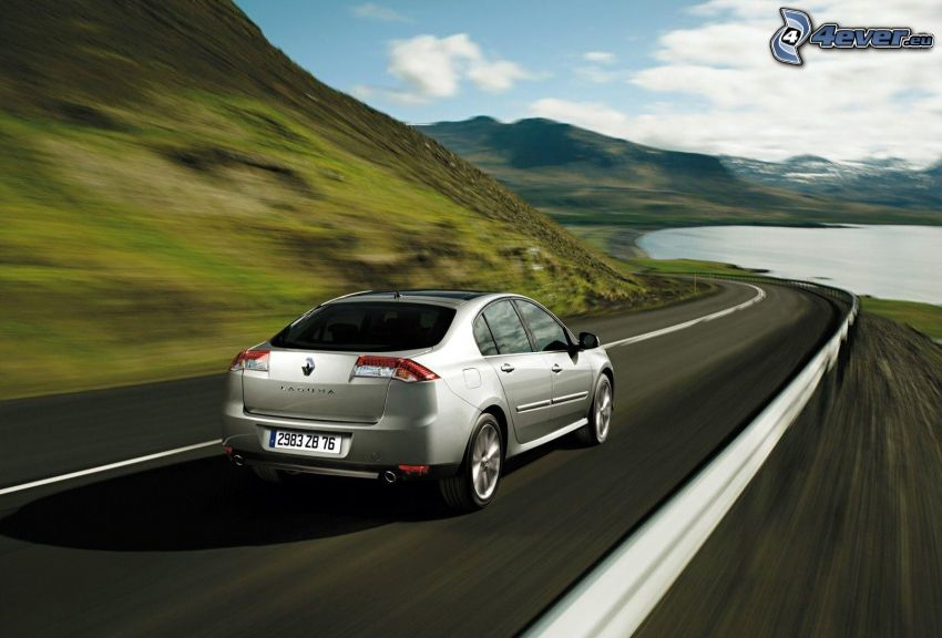 Renault Mégane, camino, acelerar