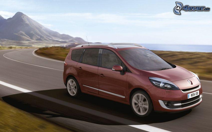 Renault Scénic, camino, acelerar