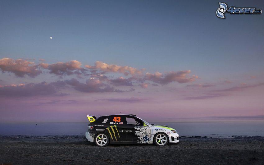 Subaru, cielo de la tarde