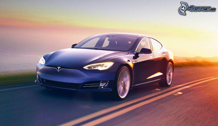 Tesla Model S, acelerar, puesta del sol