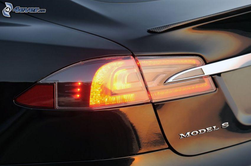 Tesla Model S, luz trasera