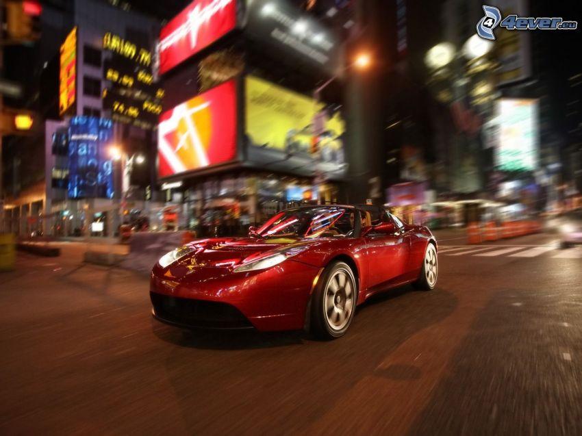 Tesla Roadster, ciudad de noche, cruce