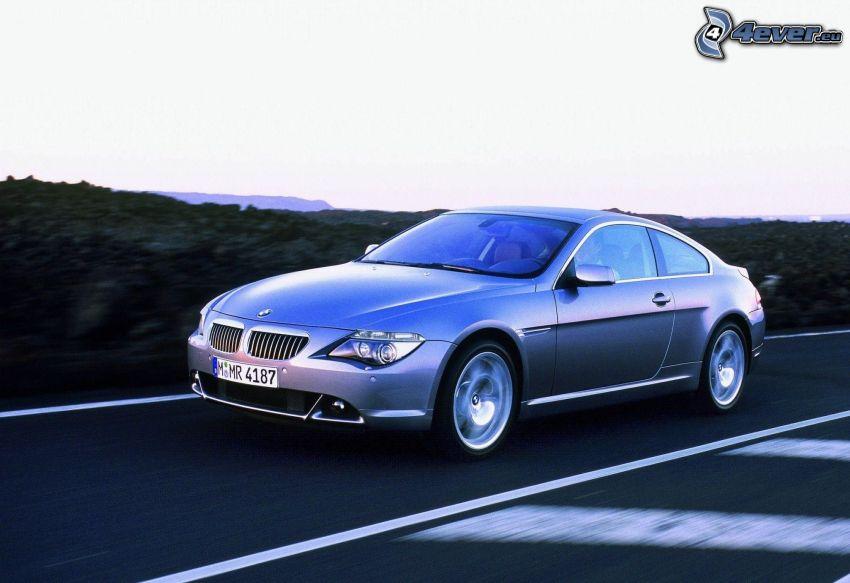 BMW 6 Coupé, acelerar, camino
