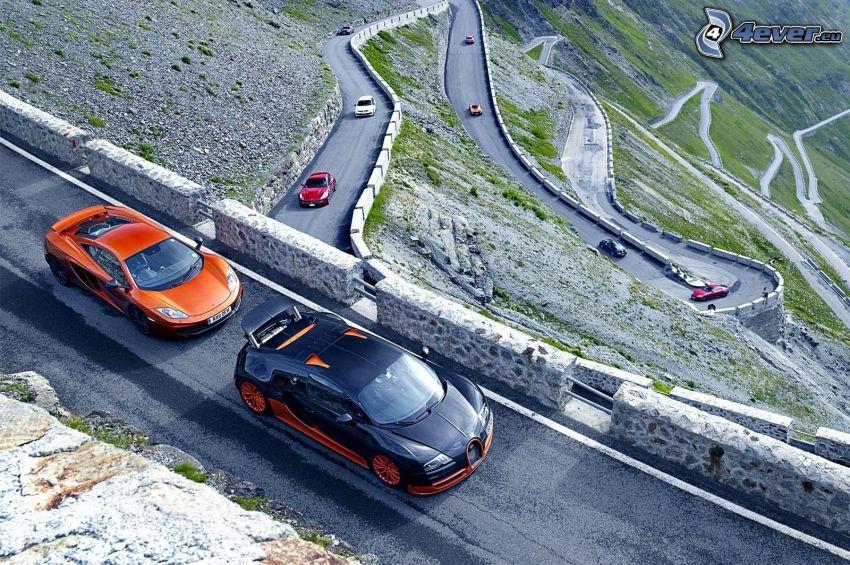Bugatti Veyron, camino, colina